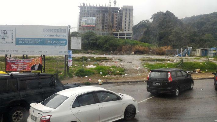 ILS CONSTRUISENT DE GRANDS IMMEUBLES A CAMERON HIGHLANDS MALAISIE