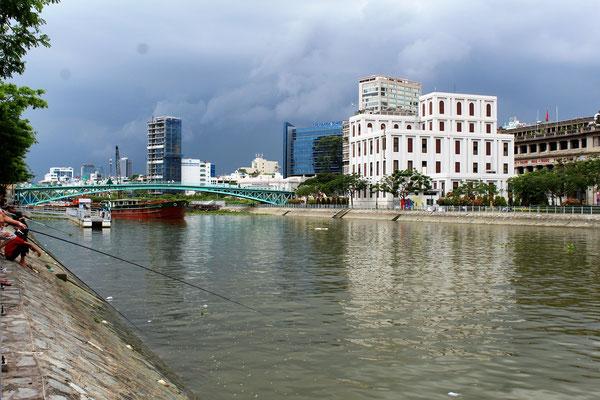 LE CANAL BEN NGHE A SAÏGON