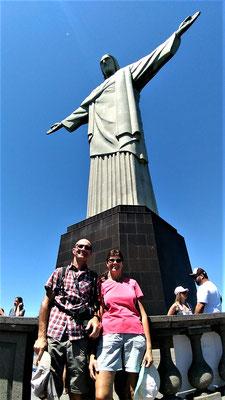AU CHRIST REDEMPTEUR A RIO DE JANEIRO BRESIL