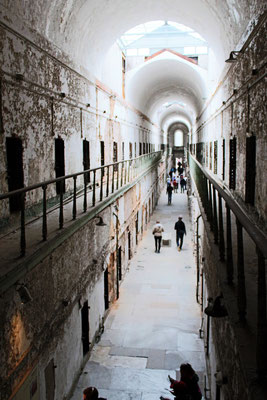EASTERN STATE PENITENTIARY UNE DES 9 AILES DE CELLULES