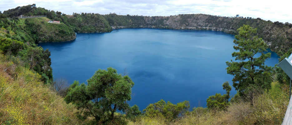 PANORAMIQUE DU BLUE LAKE (CRATERE) A MOUNT GAMBIER SOUTH AUSTRALIA AUSTRALIE