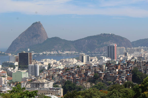 LE SUD DU CENTRE CULTUREL AUX PARC DES RUINES A SANTA THERESA RIO DE JANEIRO BRESIL