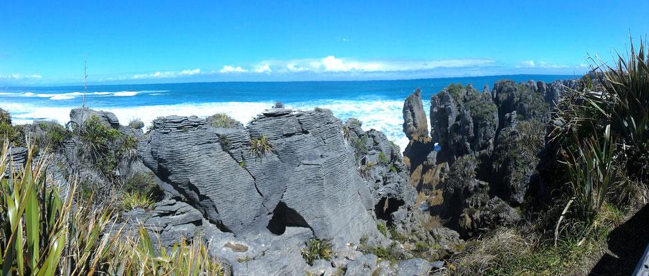 BLOWHOLE WALK PANCAKES ROCKS ILE DU SUD NZ