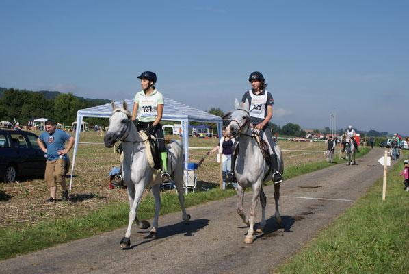 2010, DR Wehntal mit Okkarina (begleitet von Katinka mit Malek)