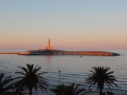 Vieste, isola di S. Eufemia con faro