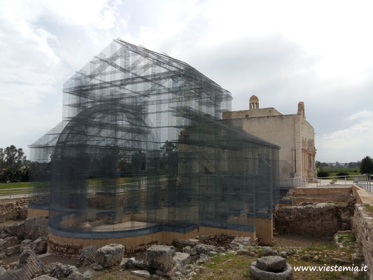 Manfredonia, Basilica di Siponto (con installazione di Tresoldi)