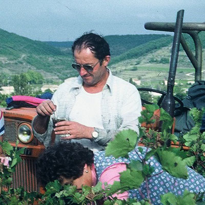 1982 - Alphonse ROBERT - Premières vendanges au Mas d'Intras