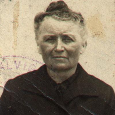 Isidora um 1936