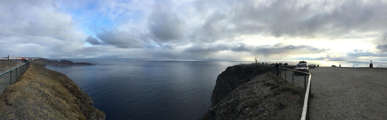 Blick vom Nordkapp gegen 5:00 Uhr morgens