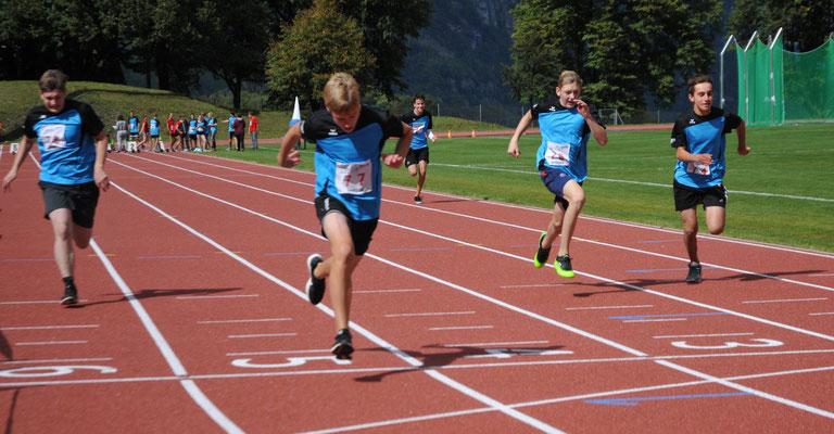 Leichtathletik Sept. 17: 80m Sprint Zieleinlauf