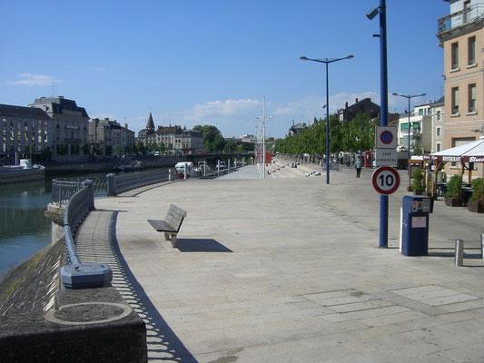 Quai de Londres - ein wunderschöner Platz direkt am Maasufer