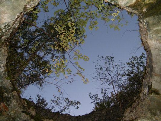 Da wo sich der Panzerturm befand klafft jetzt ein riesiges Loch