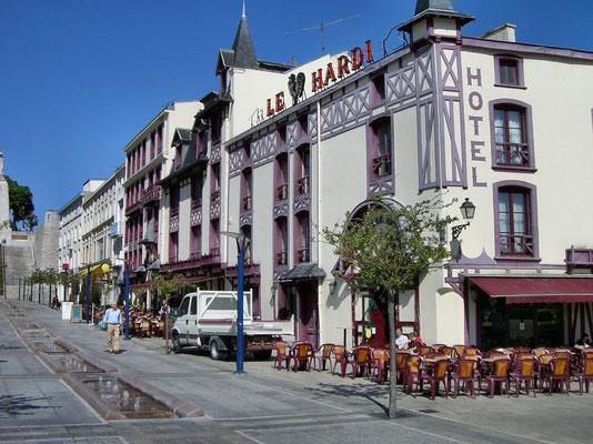 Hotel Coq Hardi - im 2.WK Sitz der deutschen Befehlshaber