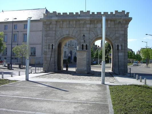 Porte St. Paul - Teil der alten Stadtmauer