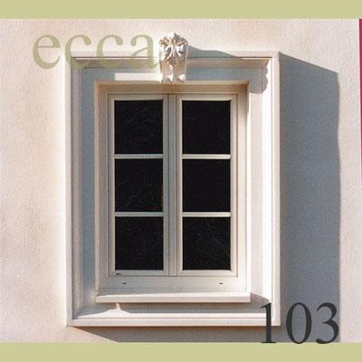 ecca Bild 103: Fensterumrandung mit breitem Fassadenprofil und Schlussstein