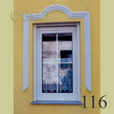 ecca Bild 116: Fensterschmuck mit eingesetztem Bogen