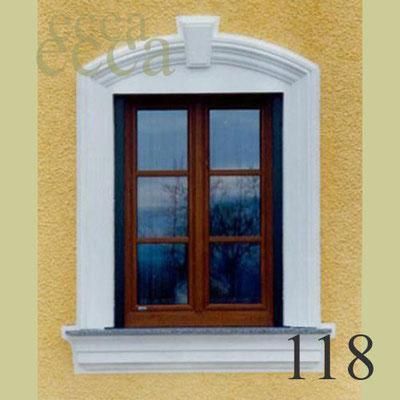 ecca Bild 118: Fassadenprofil mit Bogen, Schlussstein und Fensterbank