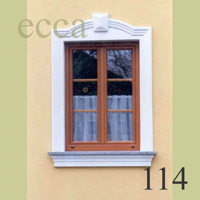 ecca Bild 114: Fassadenprofil mit Bogen, Schlussstein und Fensterbank