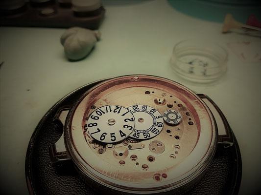 Stundenscheiben im Uhrwerk