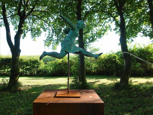 Keramik-Skulpturen - diewaldes.de Kunst im Garten