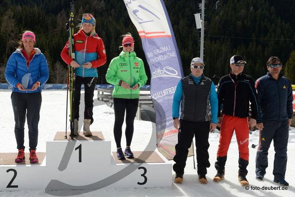 v. l. Laura Carduff SUI, Anna-Maria Schreder AUT, Stefanie Scherer GER, Ivan Lechthaler, Markus Gandler und Matthias Scherer