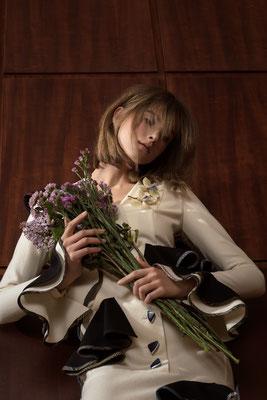 """dorotheum"" - photographer: violetta koenig - creative director: adia trischler - styling: max märzinger - makeup & hair: anie lamm-siu - model: amelie roth"