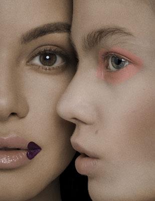 FÜHLBAR - dreamingless magazine - issue 39 - photography: violetta koenig - photography assistant: robert lunak - makeup/hair: anie lamm-siu - models: iris @wienermodels & alice @tempomodels
