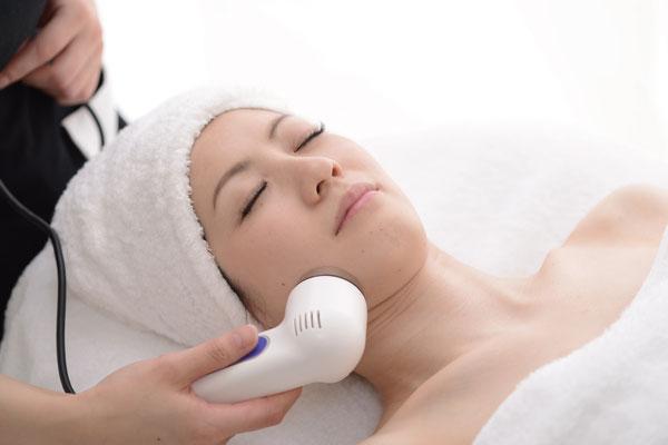 施術に使用する化粧品は、すべてミキモト コスメティックス製品です。