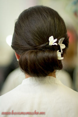 Peinado de Novia para cabello medio largo by Park Avenue Salon