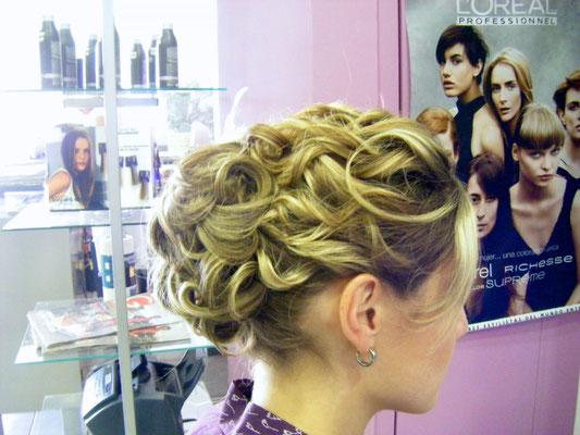 Peinado de novia marcado
