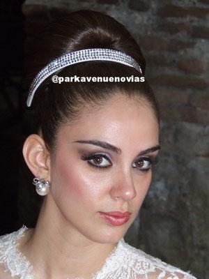 maquillaje para novia de noche  by park avenue salón