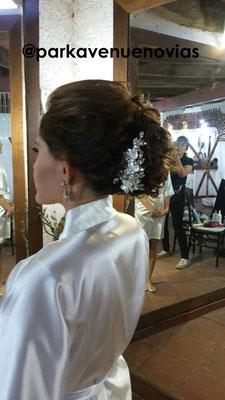 peinado novia estilo elegante en hacienda