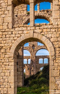 Fornace Penna,  eine sehr schöne Ruine einer alten Ziegelei