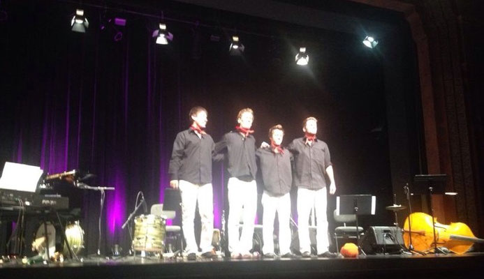 Das hat Spass gemacht :D!!! Tjukurpa im Theater(uri). 06. September 2014