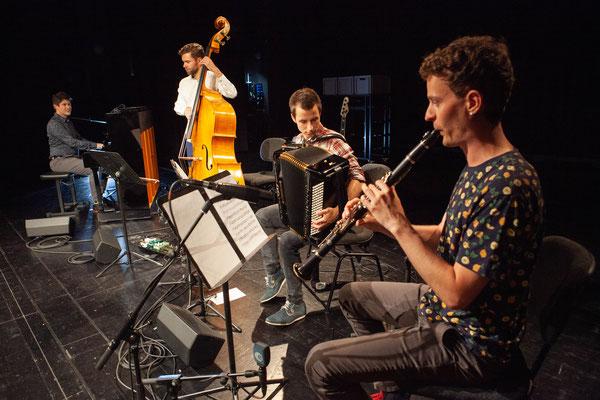 CD-Taufe - aber ohä!, Theater Uri, 24. Juli 2021 (Foto: Florian Arnold, UZ - wir tun nur so, als ob wir spielen würden...)
