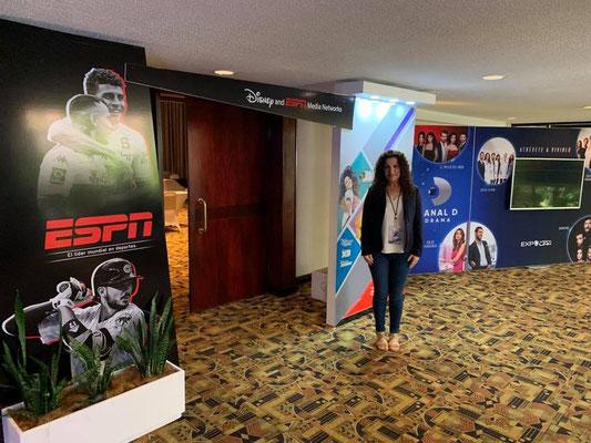 Cynthia Alvarado de Cántico Producciones en el MAUCC