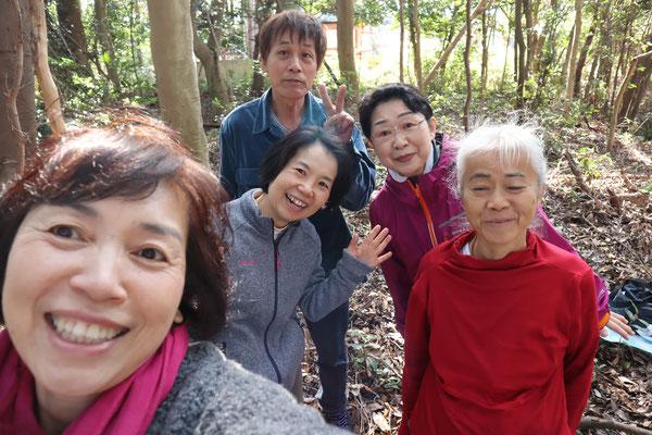奈良 宇奈多理神社にて
