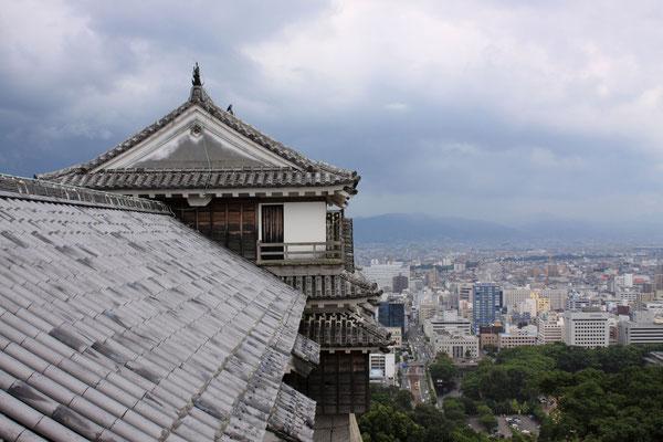 松山城 Matsuyama Castle in Ehime prefecture