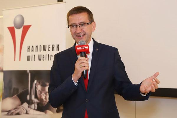 Wirtschaftslandesrat Markus Achleitner