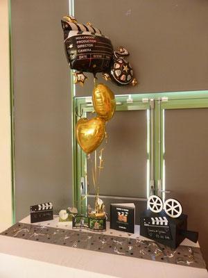 Centre de table en ballons hélium cinéma