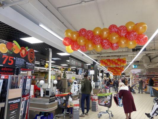 Decoration De Halle De Supermarche Pour Noel