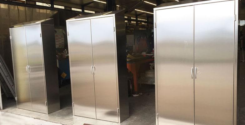 armoires vestiaires en inox
