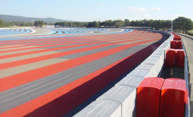plots de protection du circuit Paul Ricard
