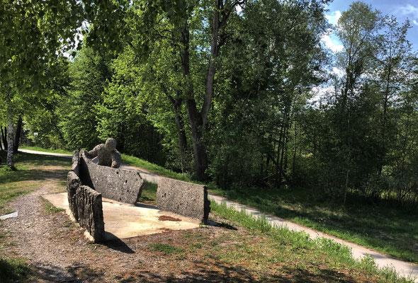 """""""Schiffsmo"""" von Robert Spannagel an der Innbrücke"""
