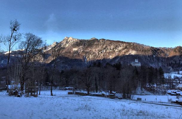 Blick zurück auf Schloss Hohenaschau