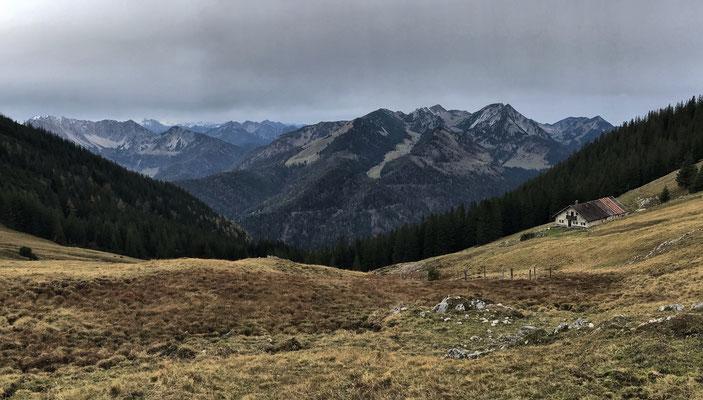Blick vom Fellalm-Sattel nach Westen