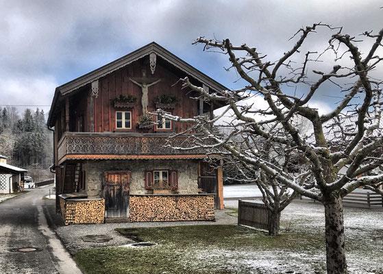 Altes Häuschen an der Erlacher Straße