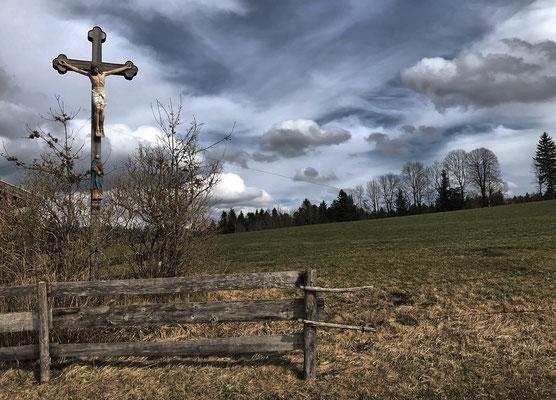 Feldkreuz bei Gern