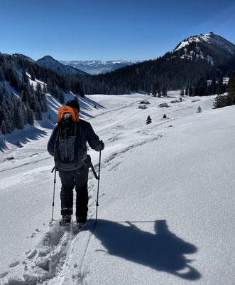 Abstieg zum Riesenalm-Plateau