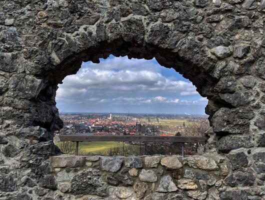 Blick ins Tal von der Burgruine Falkenstein